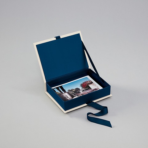 Small Photobox with personal cover picture